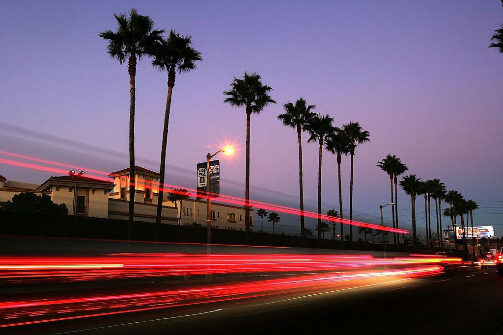 Lugares Abiertos En Los Angeles