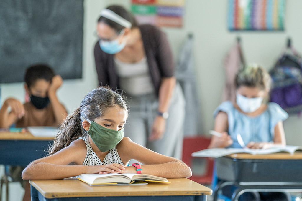 El Distrito Escolar de Los Ángeles Prepara Abrir el Otoño