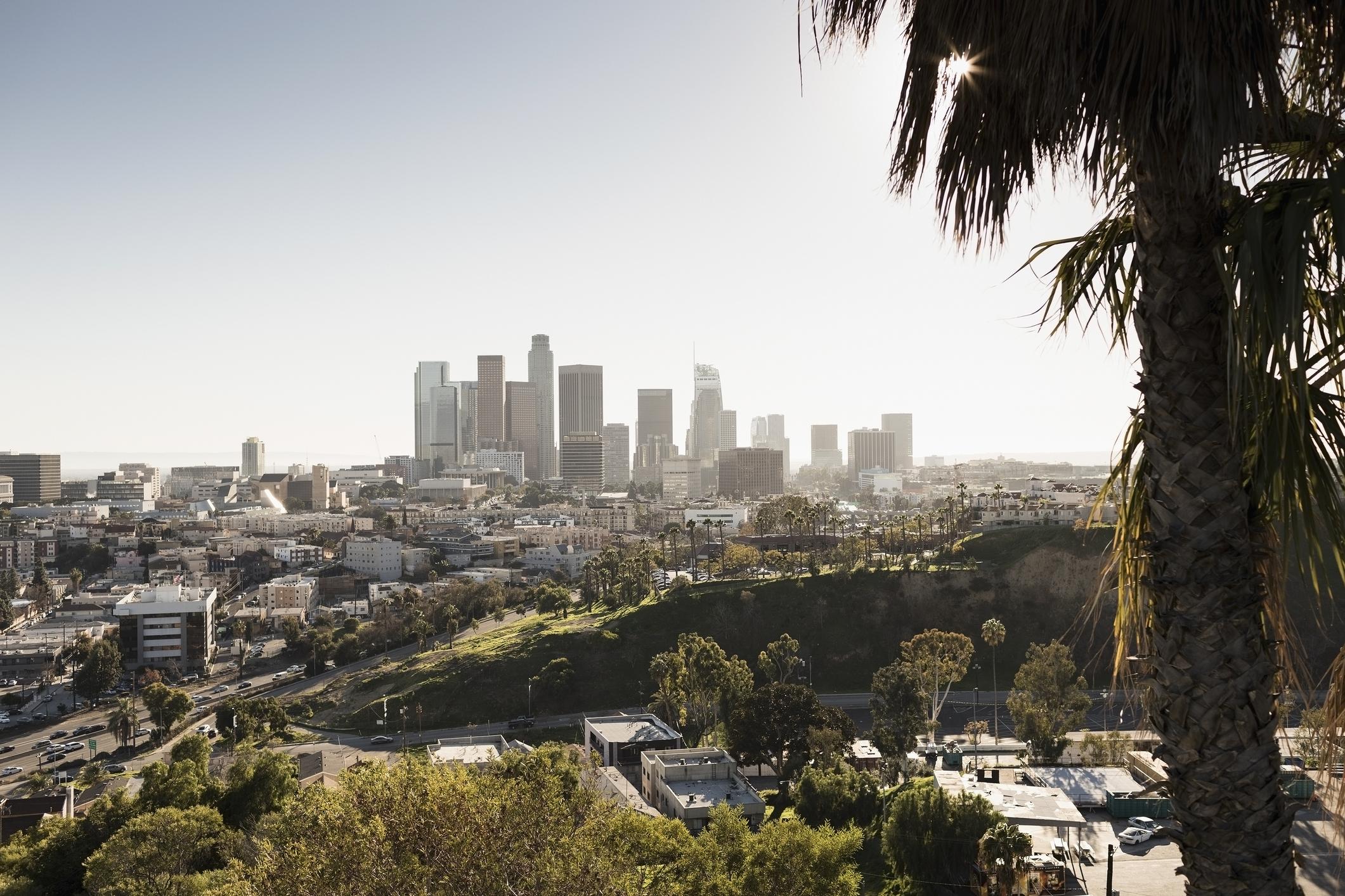 Los Angeles Avanza Para Excluir A Los No Vacunados