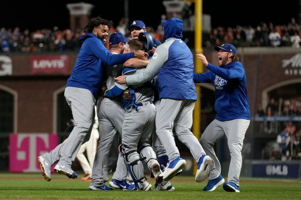 Los Angeles Dodgers Avanzan