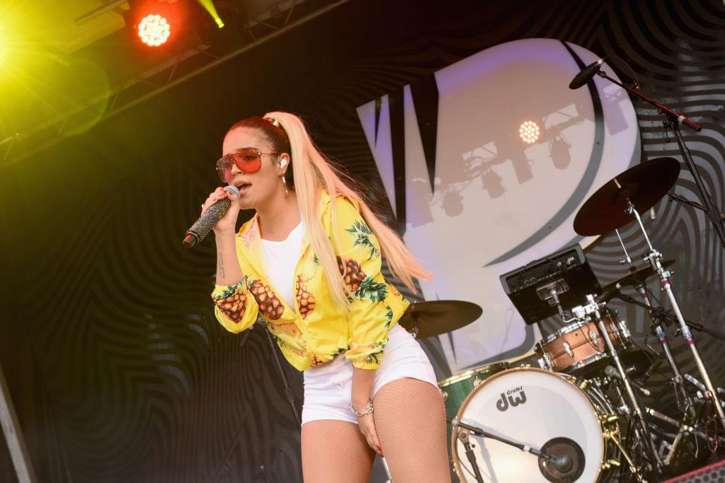 Karol G kicks off tour with free show