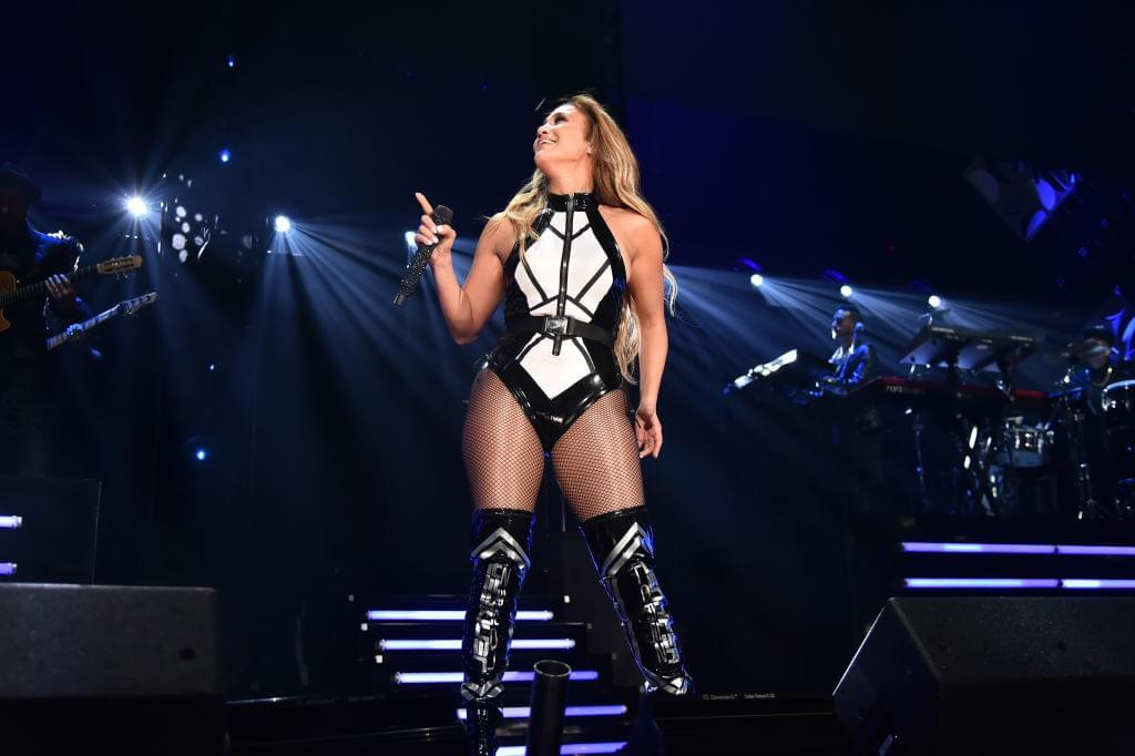 Jennifer Lopez Rehearses Super Bowl Halftime Show