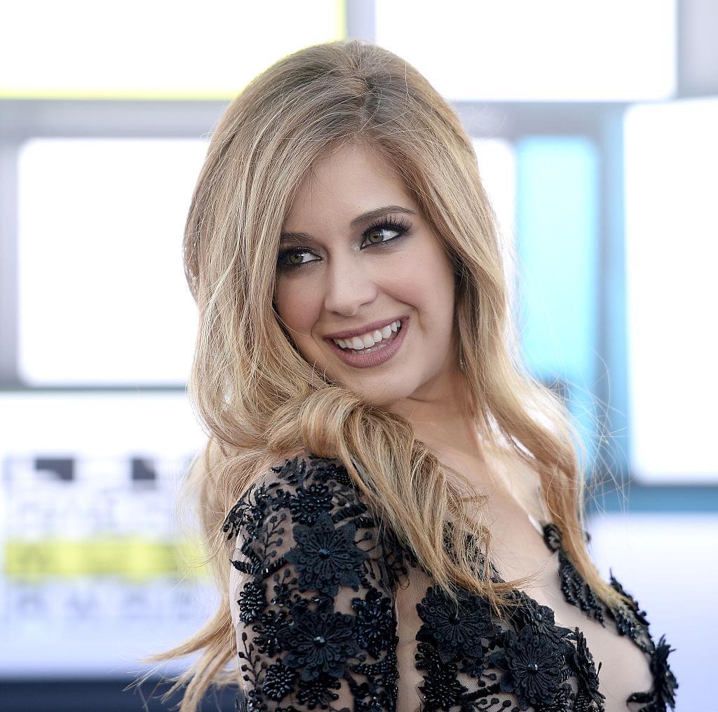 Angelica Vale Entrevista A Carmen Aub