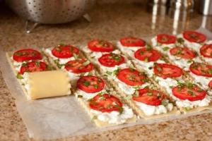 capresi lasagna roll ups