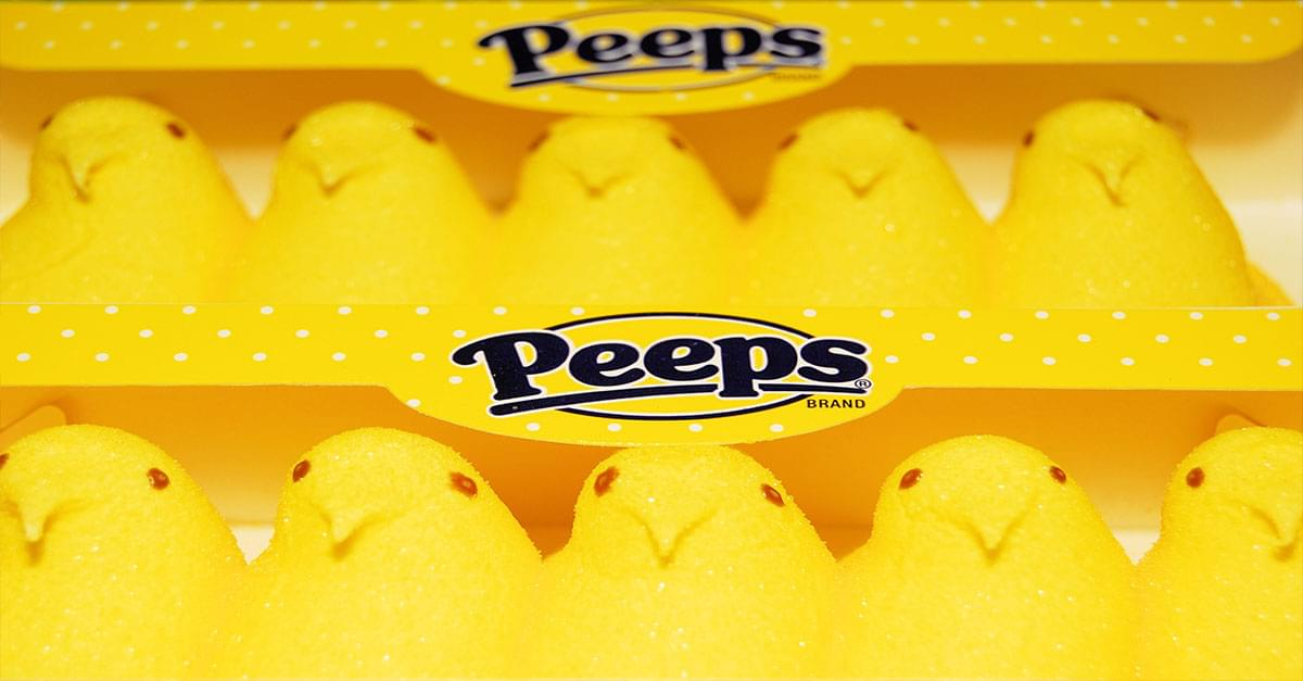 Here's How to Make Peeps Pizza