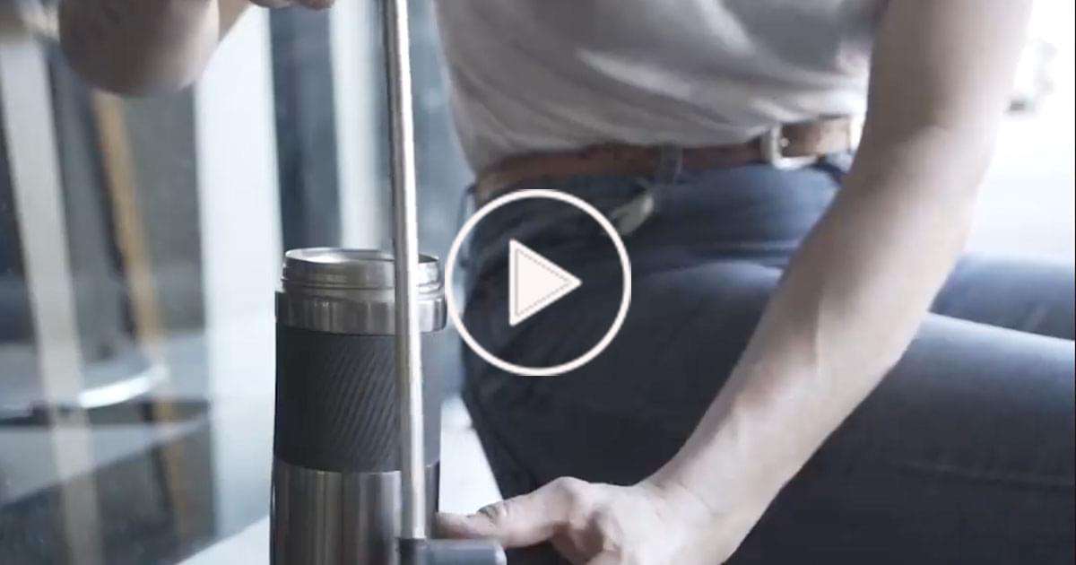 Watch: World's first Collapsible and Reusable Straw