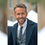 SURPRISE! Ryan Reynolds is a great singer!