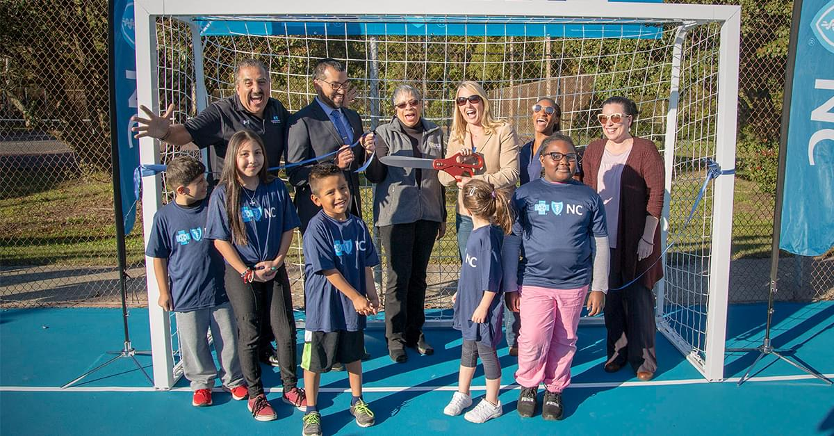 Abren Nuevas  Mini-Canchas de Fútbol en East End Park en Durham