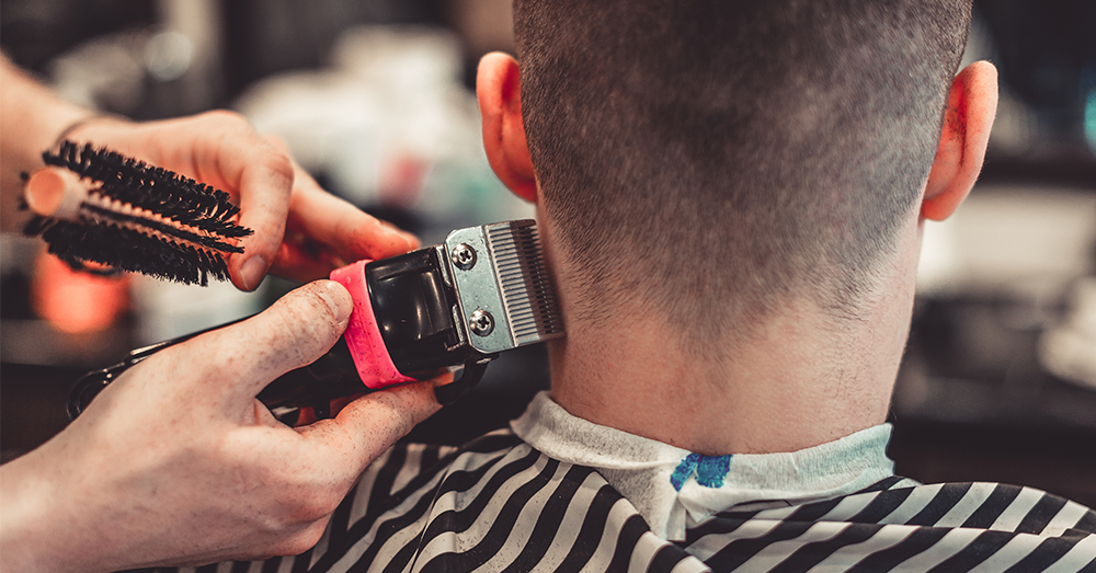 Que podrian prohibirte por tu corte de cabello?
