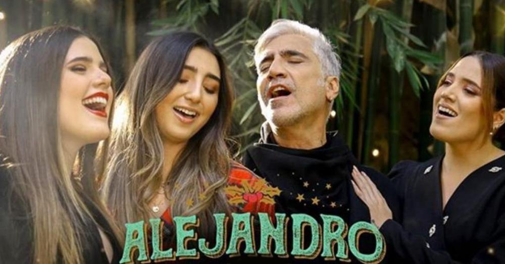 Alejandro Fernandez y sus hijas te desean Una Blanca Navidad