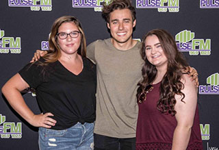 Jorge Blanco Performs at Pulse FM