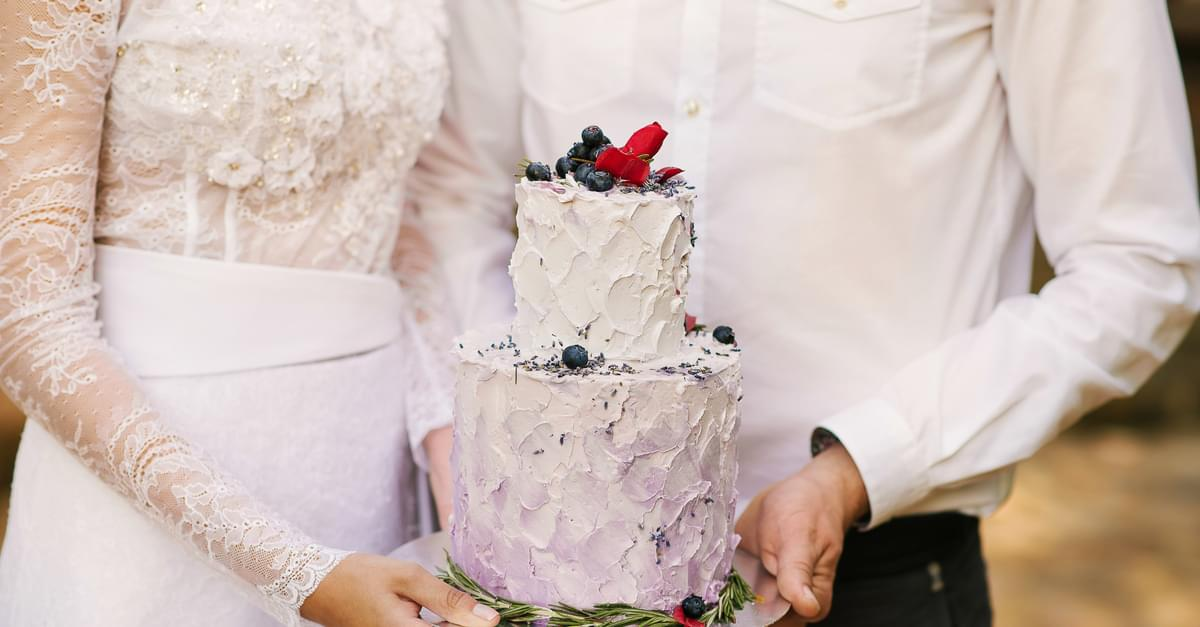 Counting Down the Days: Wedding Tips, Cake
