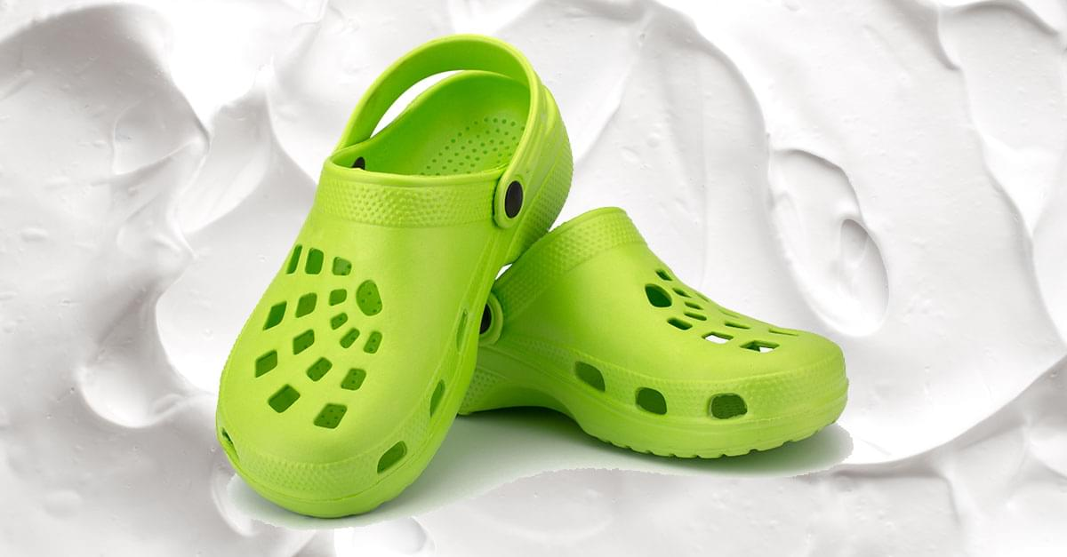 Internet's New Trend – People Putting Shaving Cream In Their Crocs