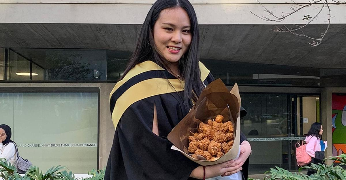 KFC-obsessed student given fried chicken bouquet for college graduation