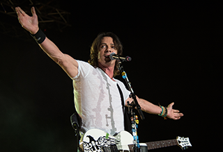 """Rick Springfield offers hope to those considering suicide, """"know that the moment will pass"""""""