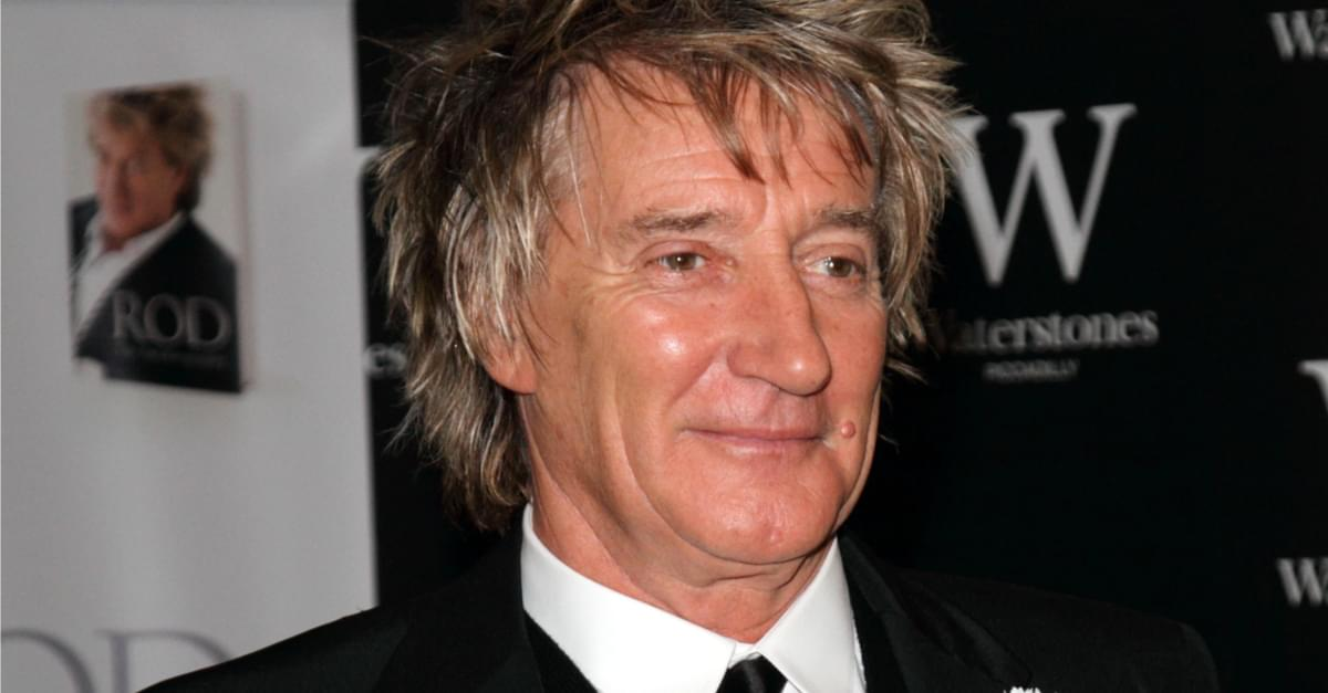 PIC: Rod Stewart and his boys!