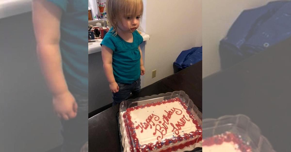 Little Girl Receives 'Loser' Birthday Cake