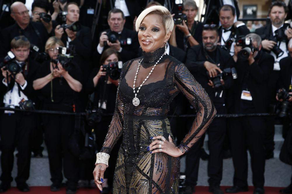 Clarke's Kiss Cafe Mary J. Blige Mix
