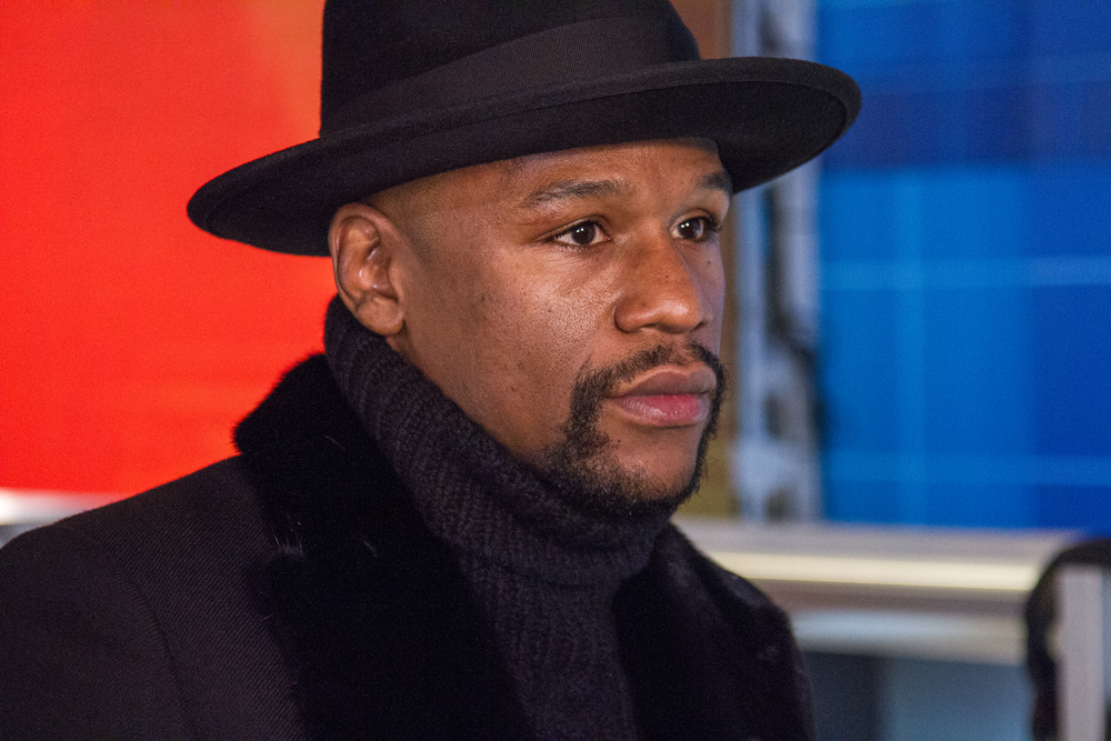 """Floyd Mayweather Doesn't Know What the """"Me Too"""" Movement Is (VIDEO)"""