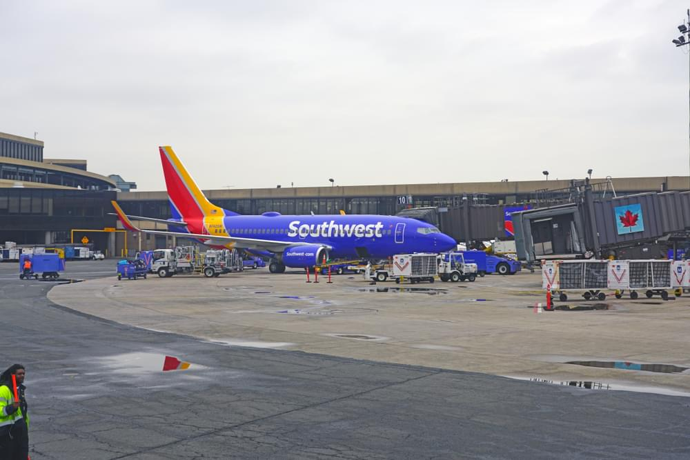 Southwest Airlines Pay $5000 to Passengers After One Dies During a Flight