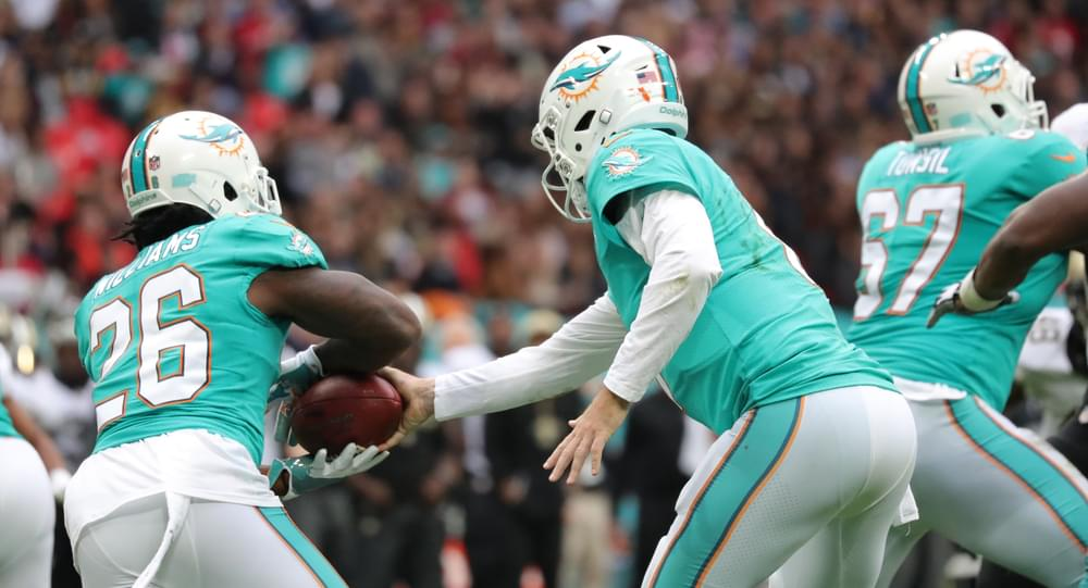Kenny Stills and Albert Wilson of the Miami Dolphins Take a Knee for First NFL Game of the Season