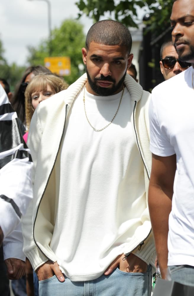 Drake Cancels Two Shows After Serious Illness
