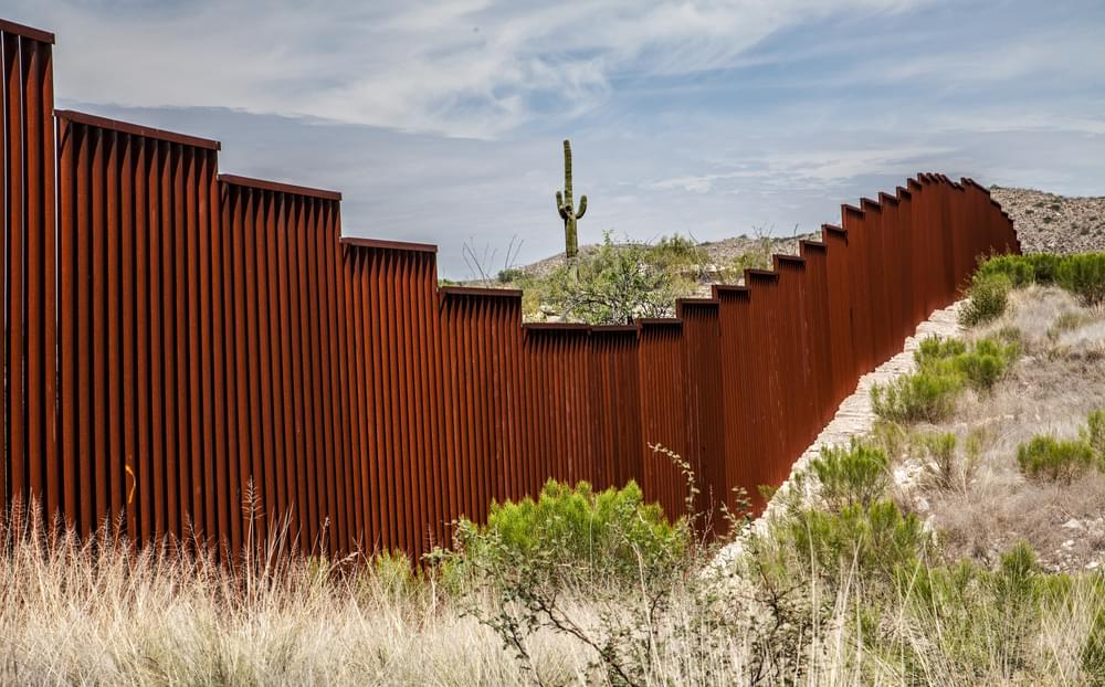 16 States Plan to Sue Trump Over Border Wall