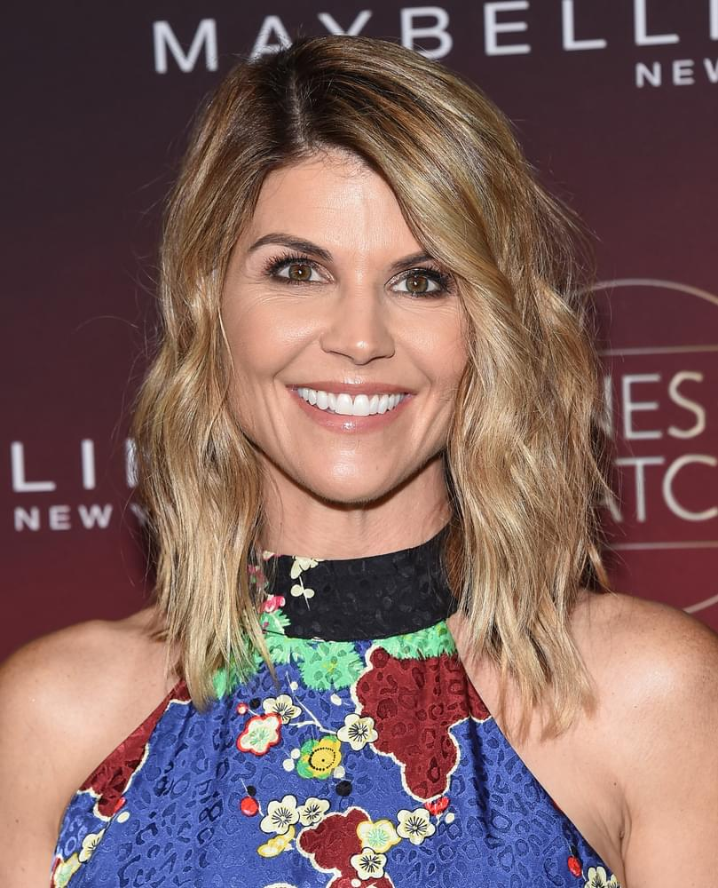 Lori Loughlin Rejects Plea Deal, Get Additional Charges Added to College Bribery Case