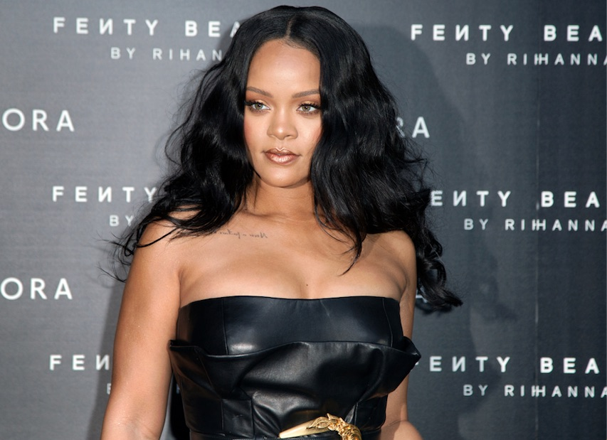 Rihanna Hits Billionaire Status!