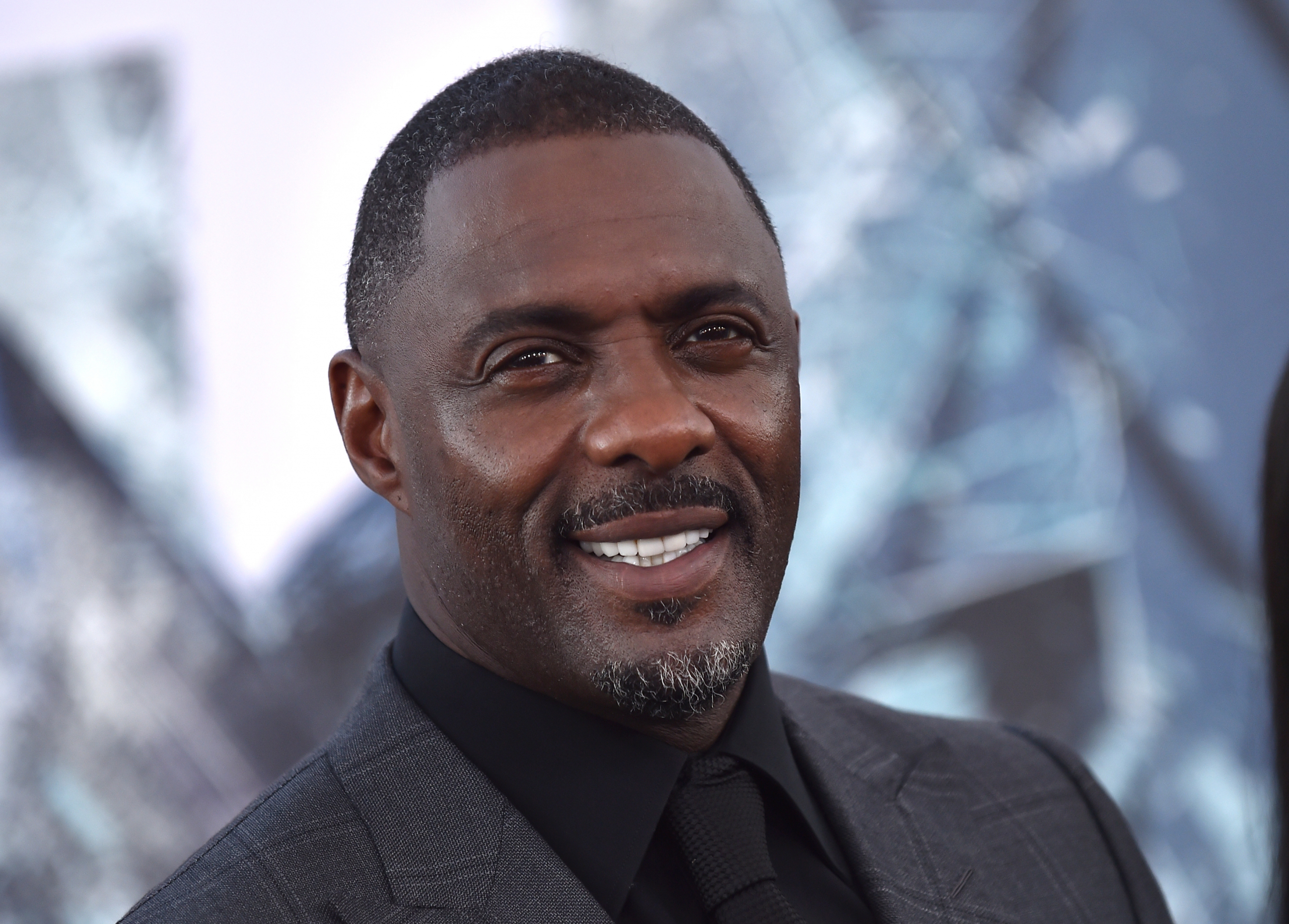 Idris Elba Afraid To Take Role Of James Bond Out Of Fear!