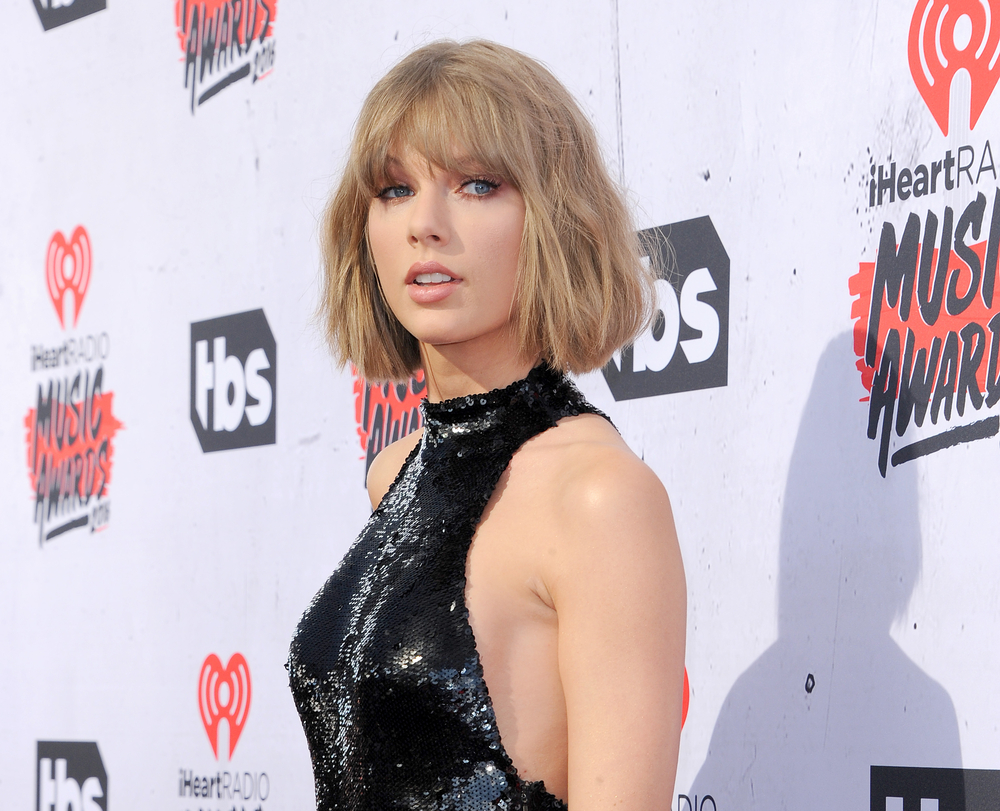 """Taylor Swift – """"Look What You Made Me Do"""" Video"""