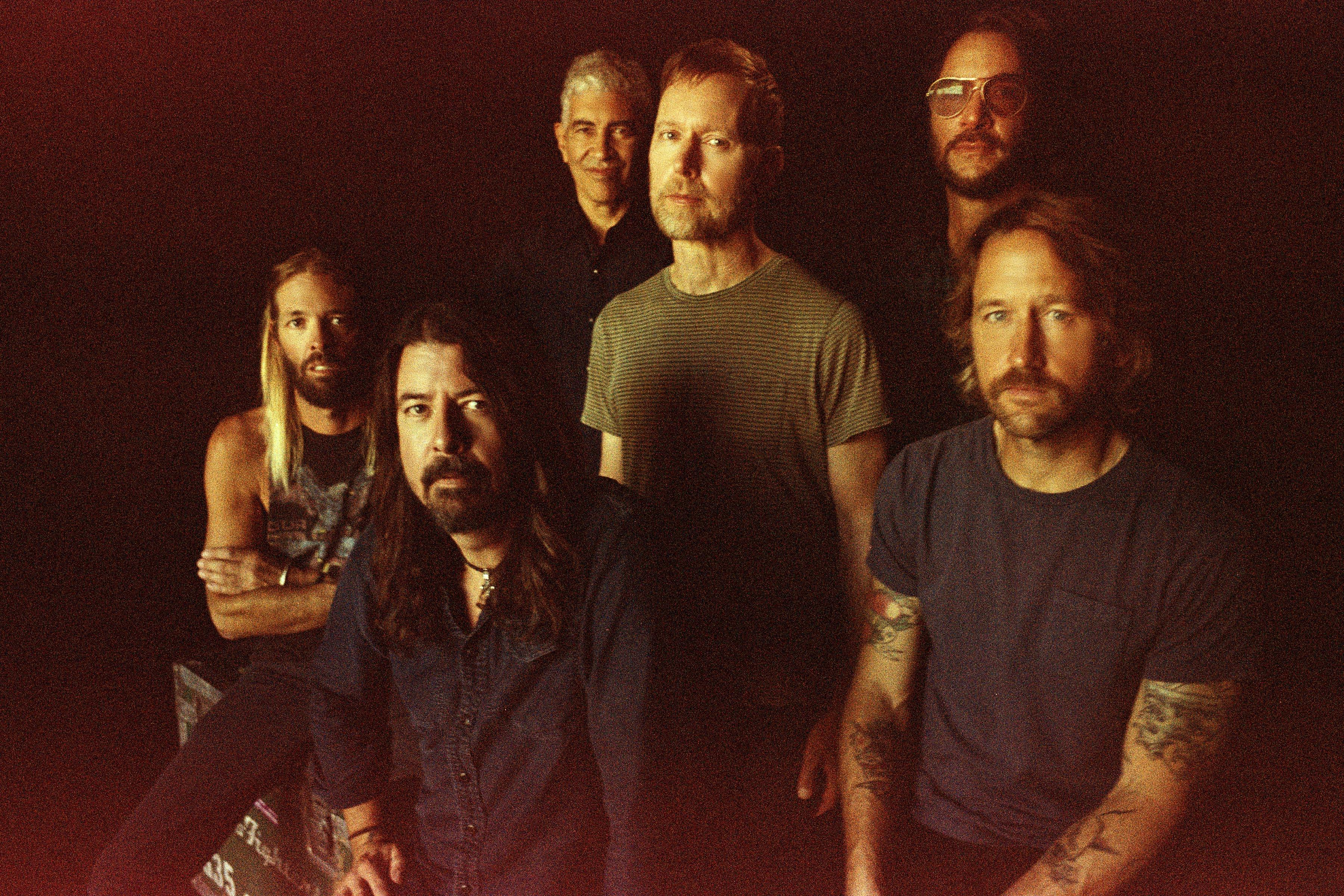 Foo Fighters Perform New Tune on SNL