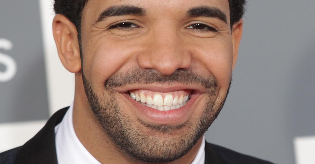 Drake Reunites with Degrassi!