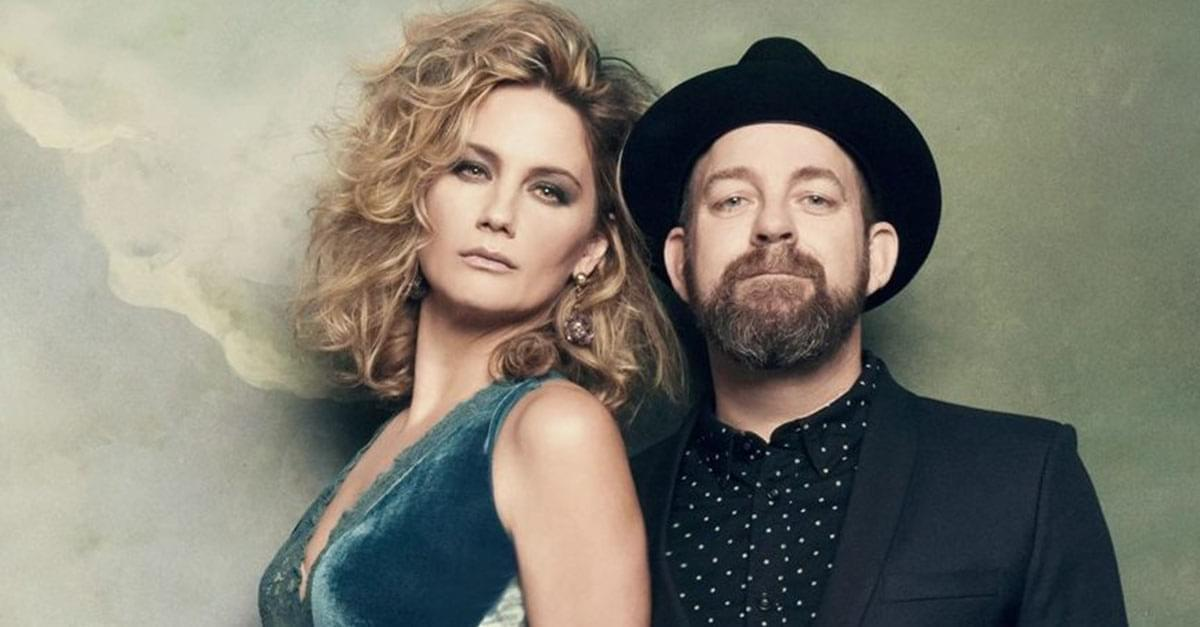 Q Morning Crew speaks with Sugarland