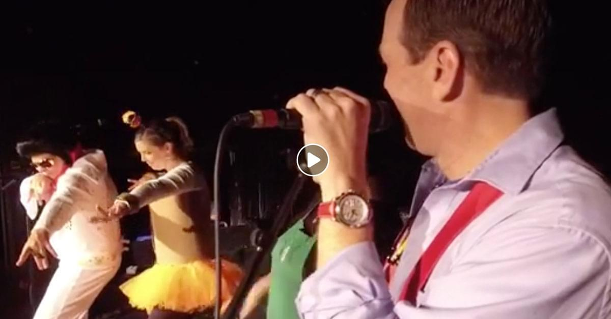 Watch: QDR Howl-O-Ween Harvest Ball