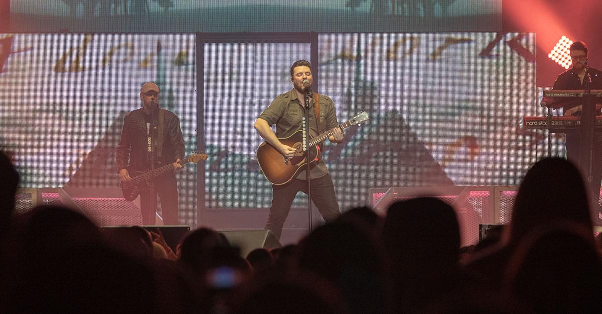 Pics: Chris Young with Dan + Shay and Morgan Evans in Raleigh