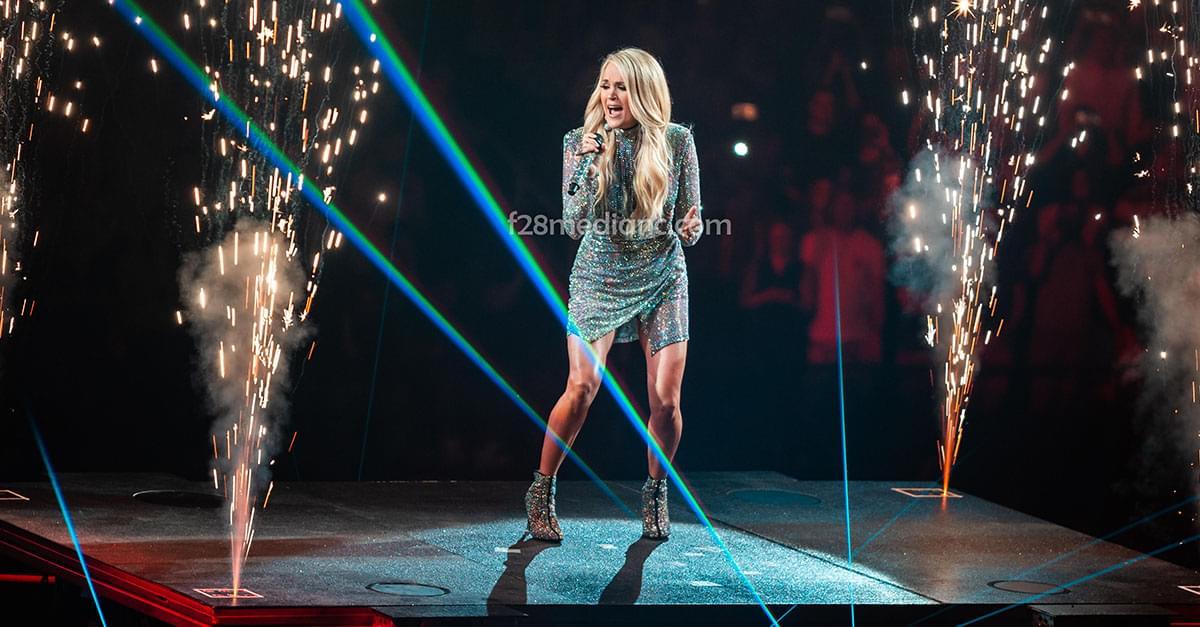 Pics: Carrie Underwood in Greensboro