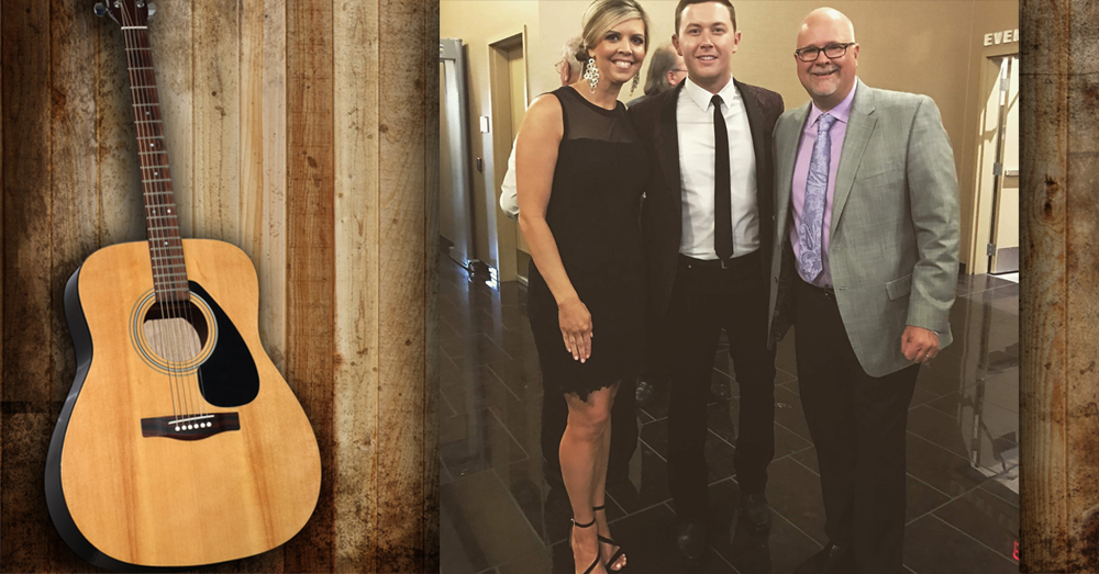 Mike and Janie speak to Scotty McCreery!