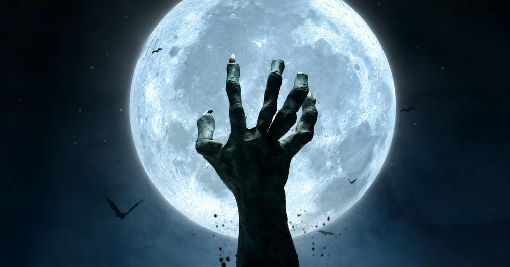 A full moon this Halloween!