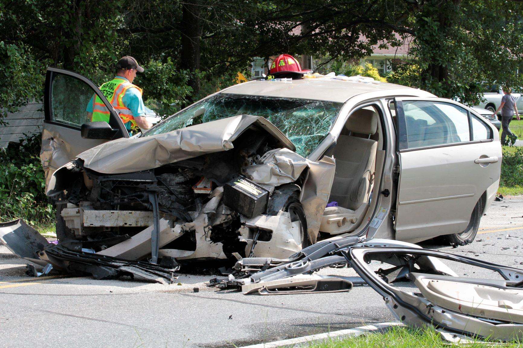 3 Injured In Wayne County Car Crash (PHOTO GALLERY)