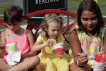 PIC OF THE DAY: Beating The Heat With A Cool Treat
