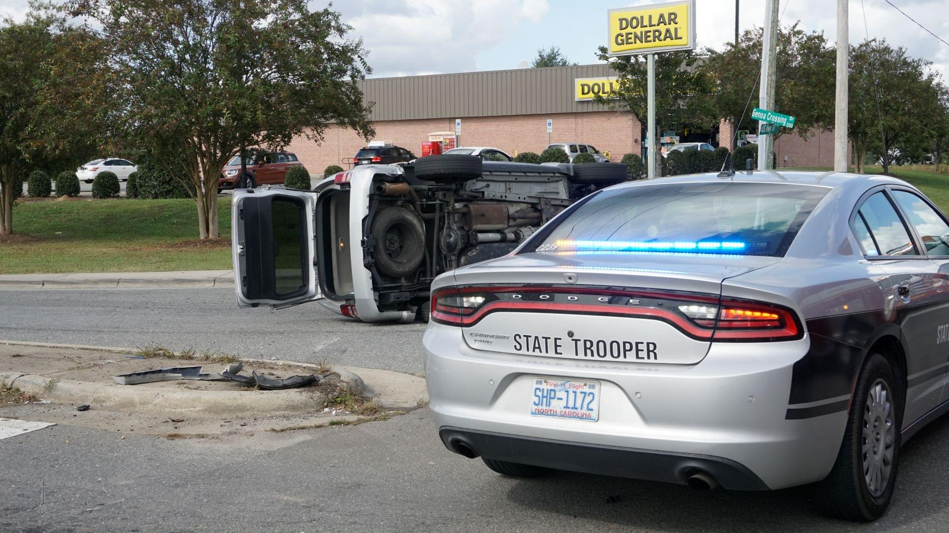 Vehicles Collide At Mar-Mac Intersections (PHOTOS)