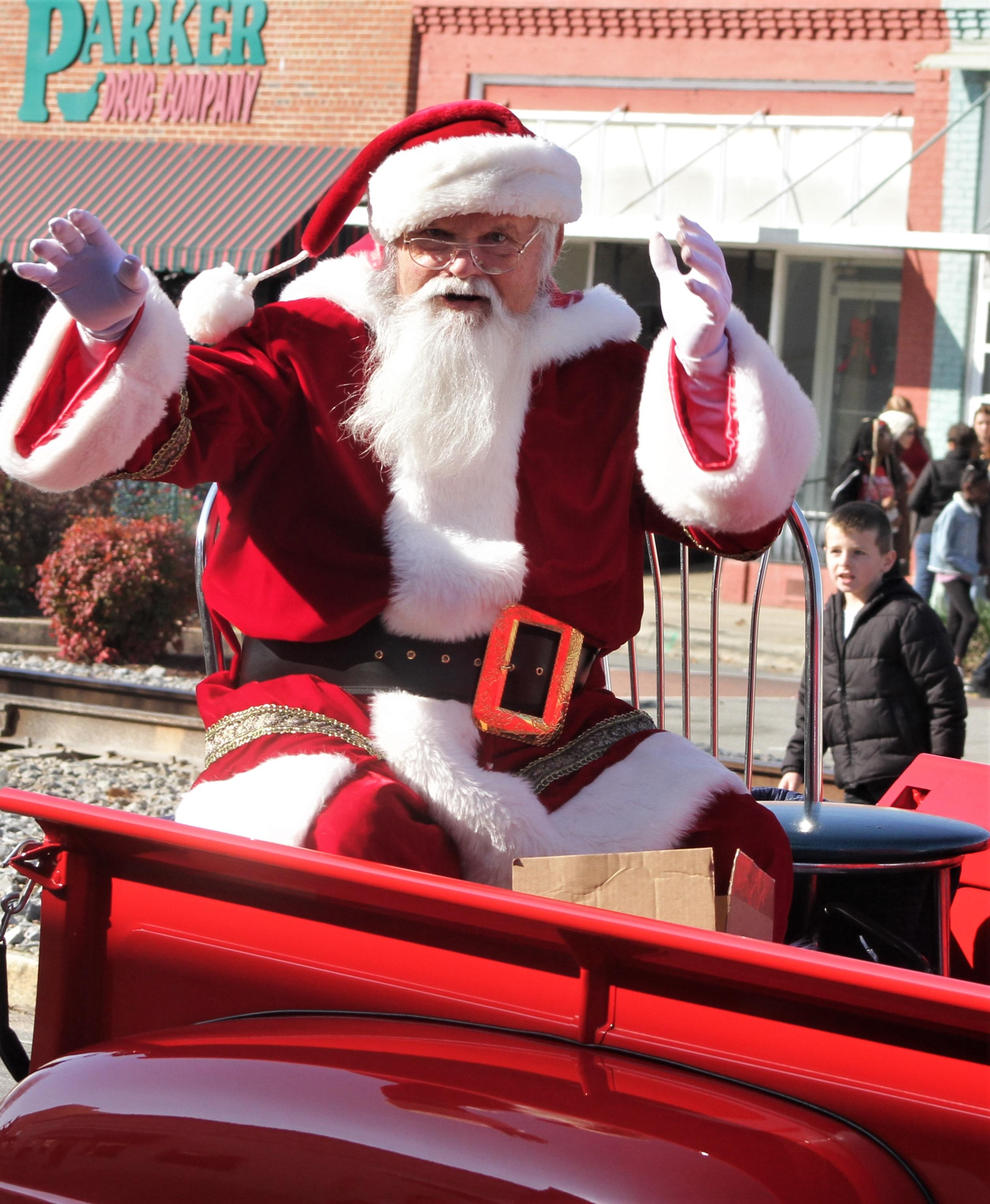 Mt. Olive Christmas Open House Cancelled, Parade Still Set For Saturday
