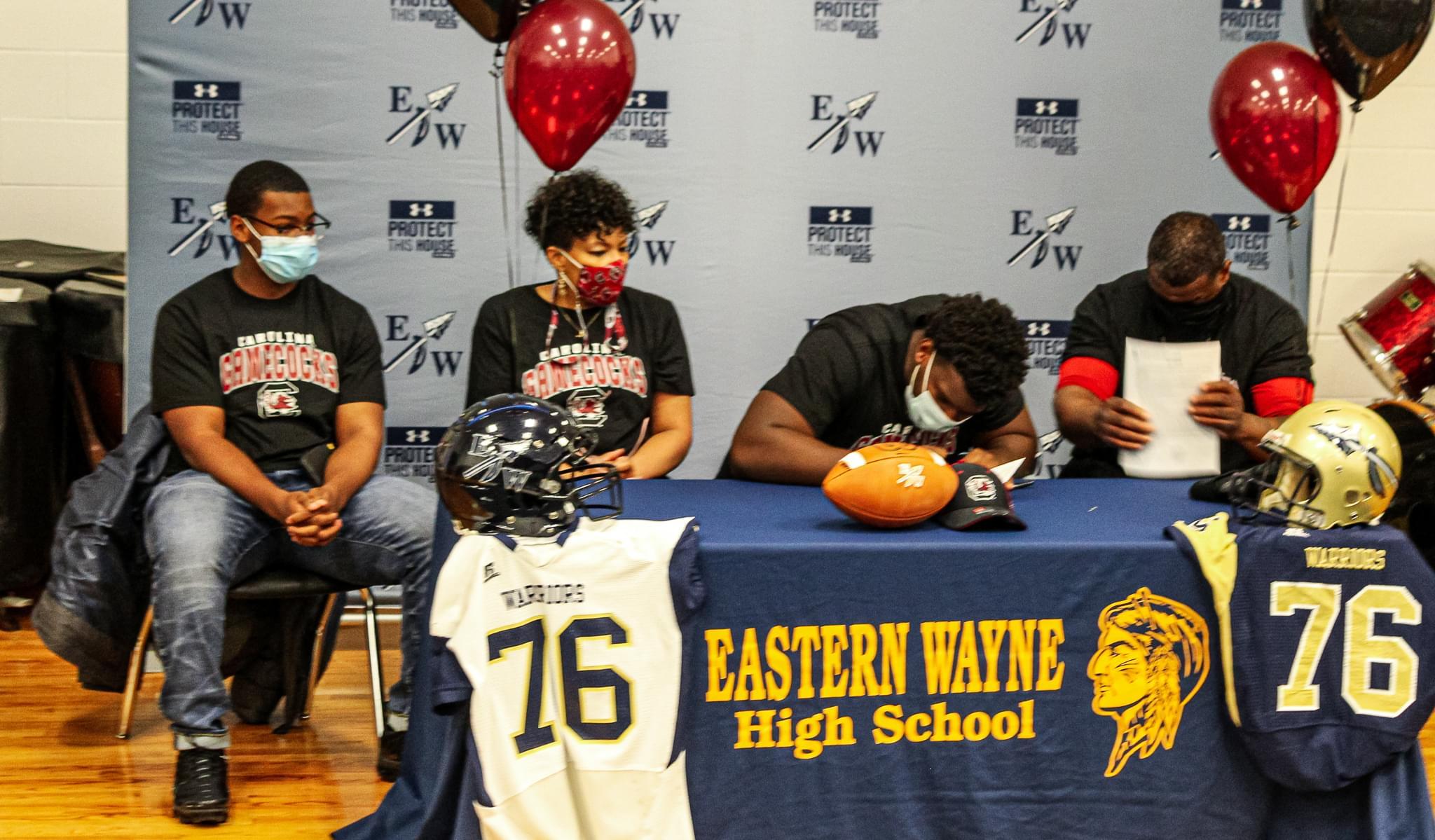 Eastern Wayne's Nick Barrett Signs NLI With South Carolina