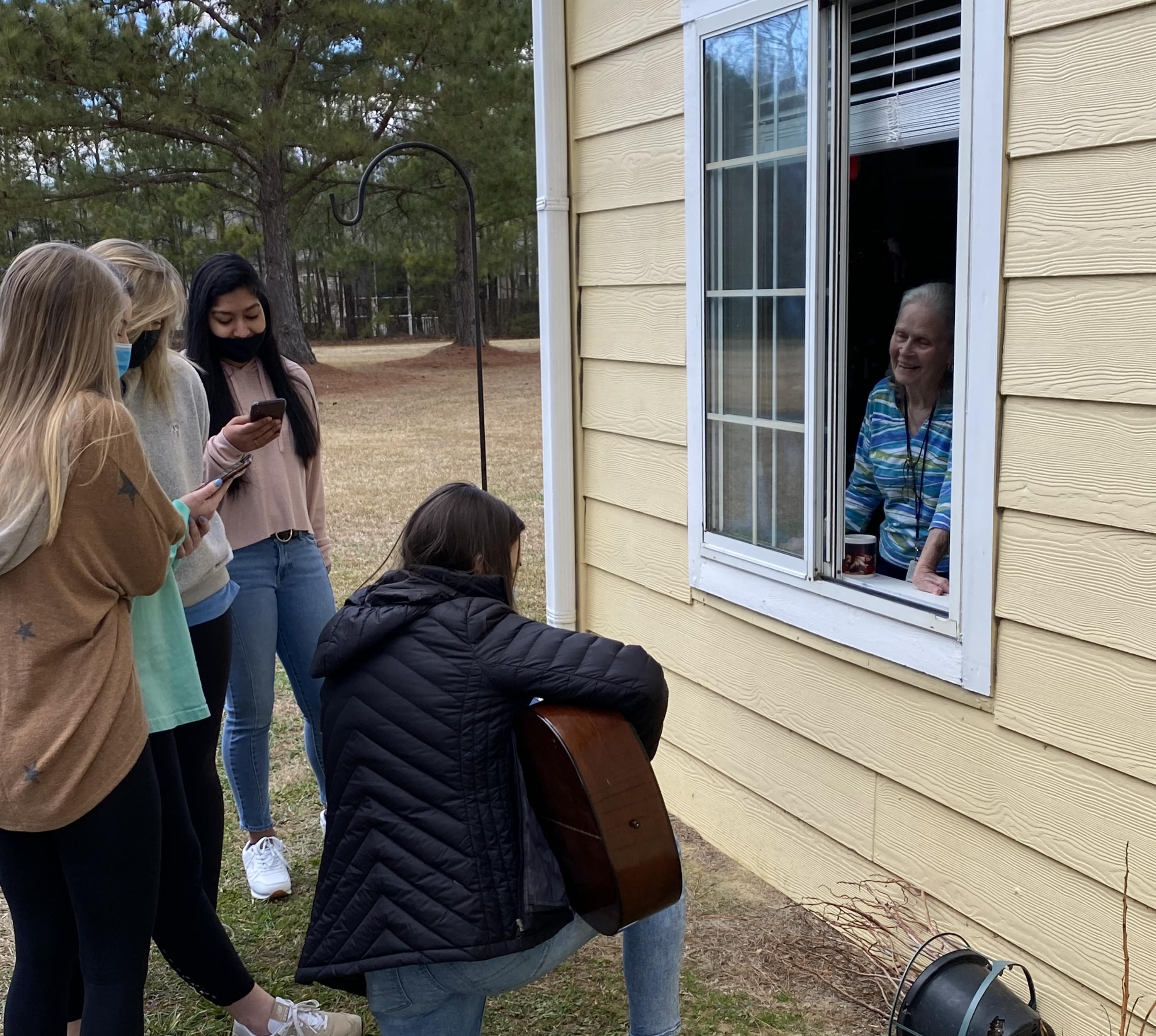 Volunteers Bring Cheer To Brookdale Senior Living (PHOTOS)