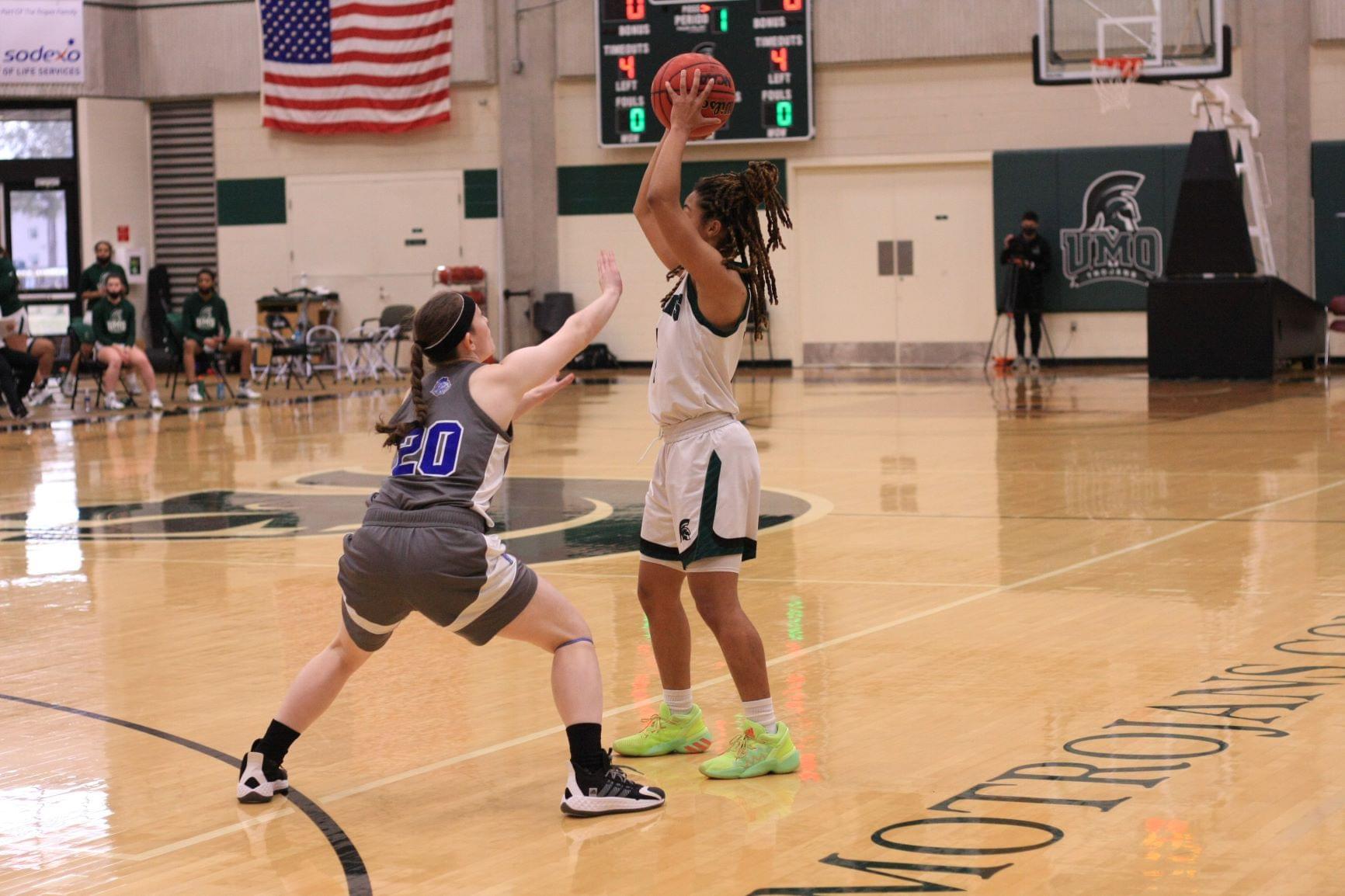 Women's Basketball: Southern Wesleyan Vs. UMO (PHOTO GALLERY)