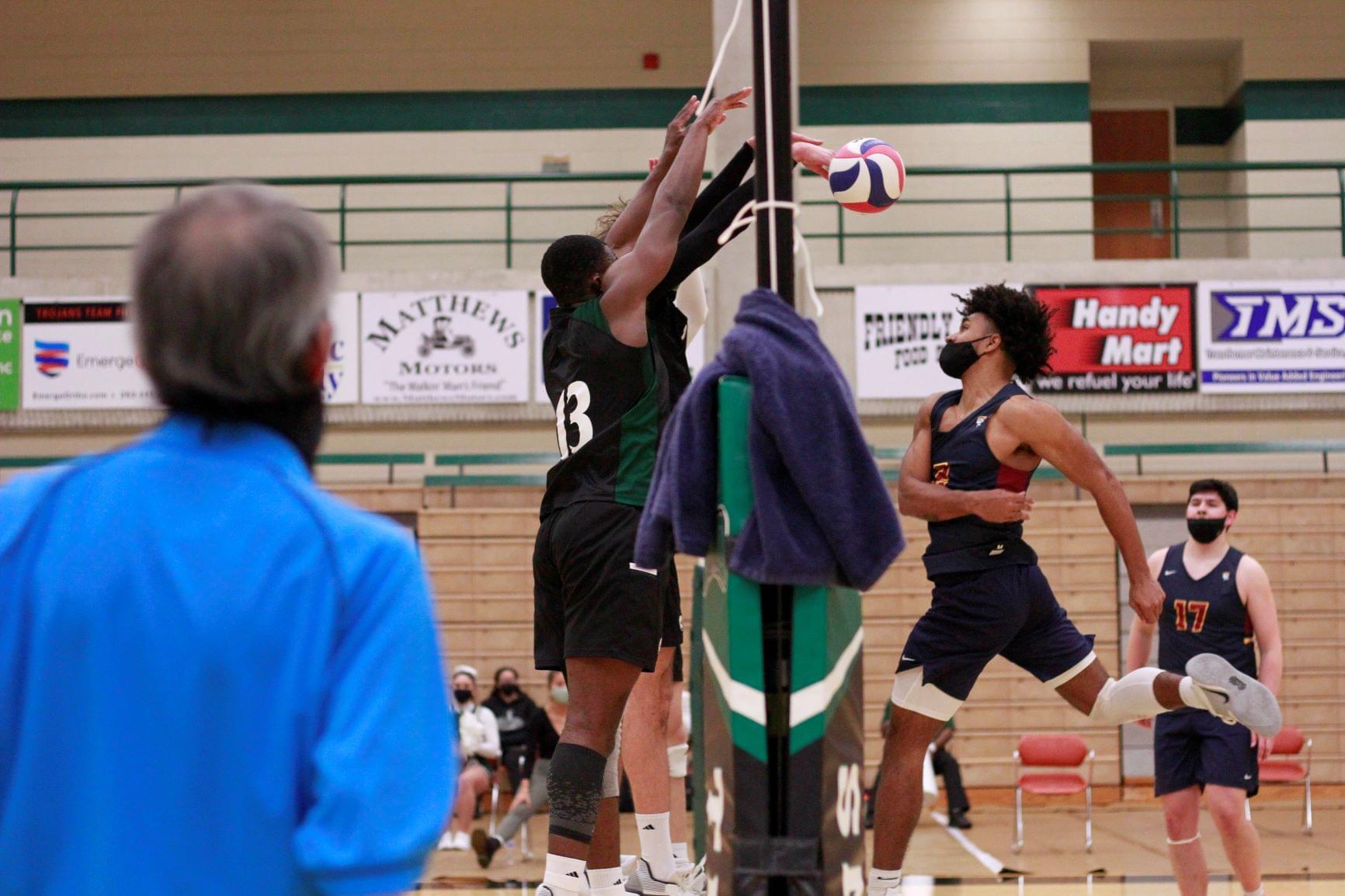 Men's Volleyball: Emmanuel College Vs. UMO (PHOTO GALLERY)