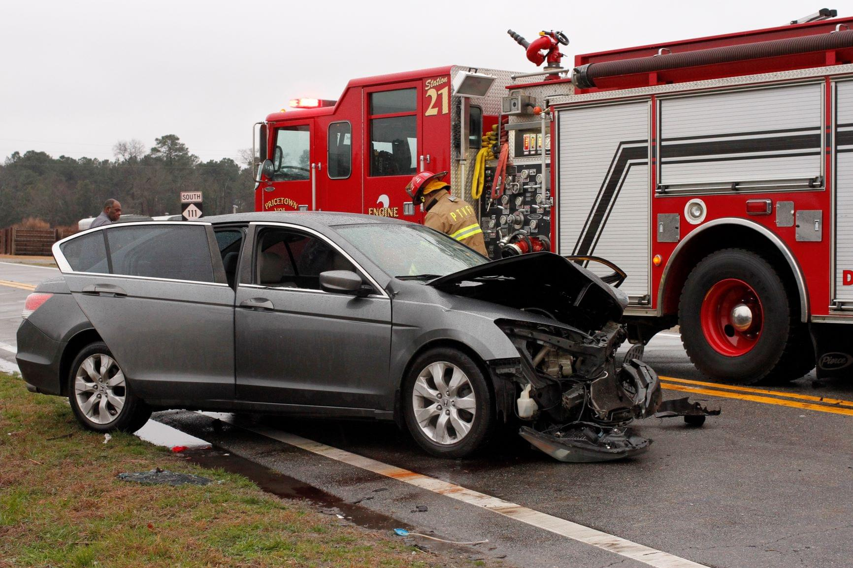 Patients Hospitalized After Head-On Collision (PHOTO GALLERY)