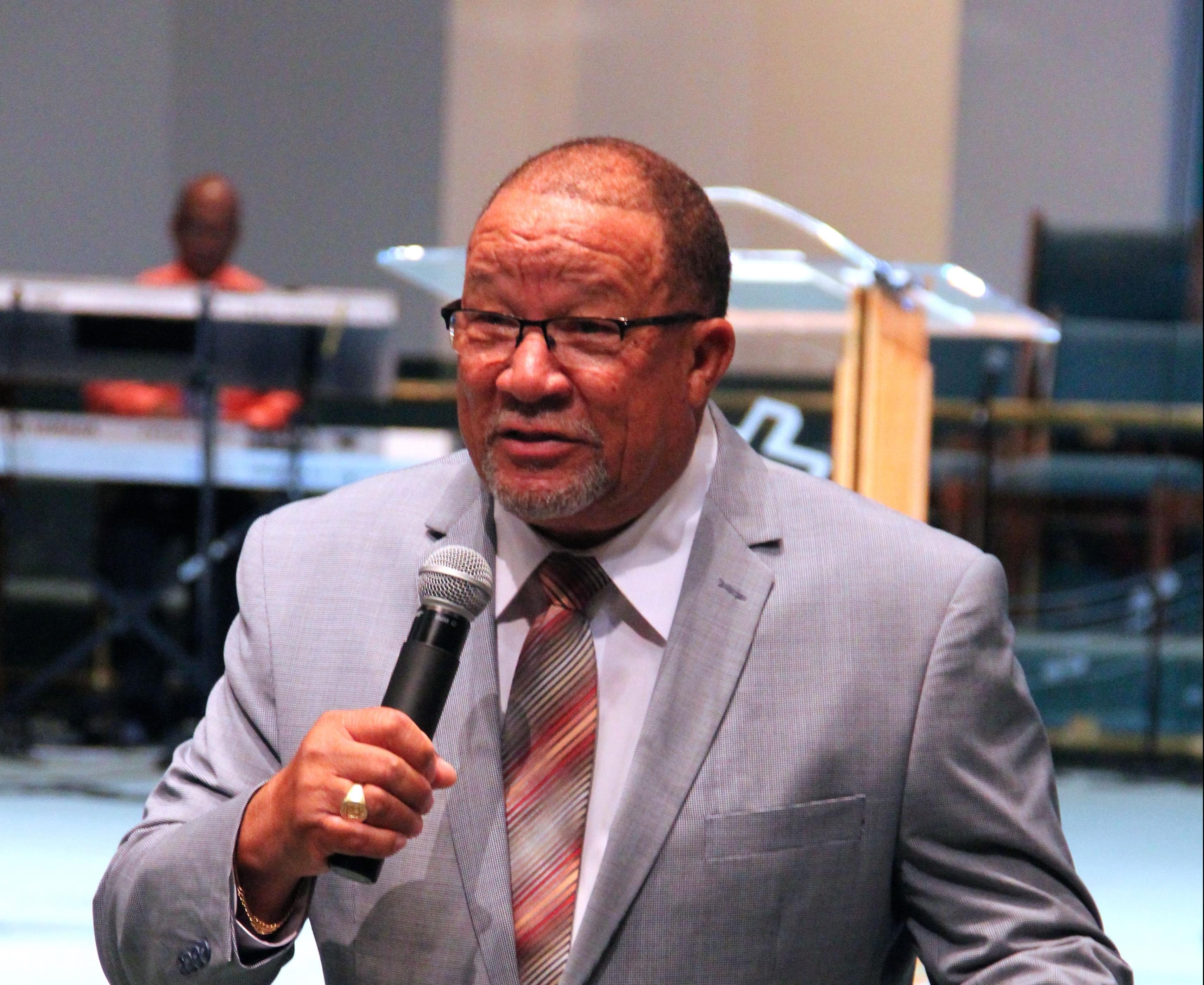 A Giant Among Men: Apostle Simmons Gives Lesson In Succession Planning