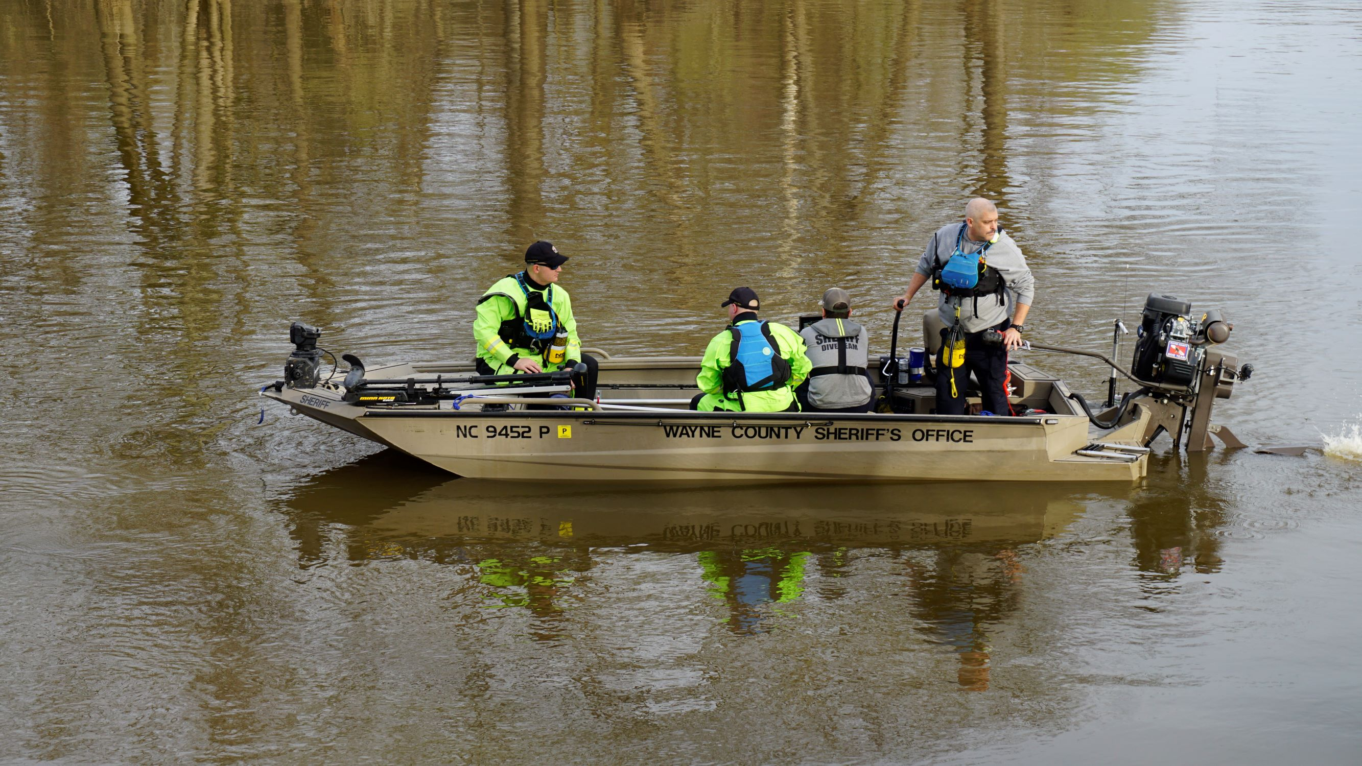 8 PM UPDATE: Neuse River Search & Rescue Slows Down For Evening